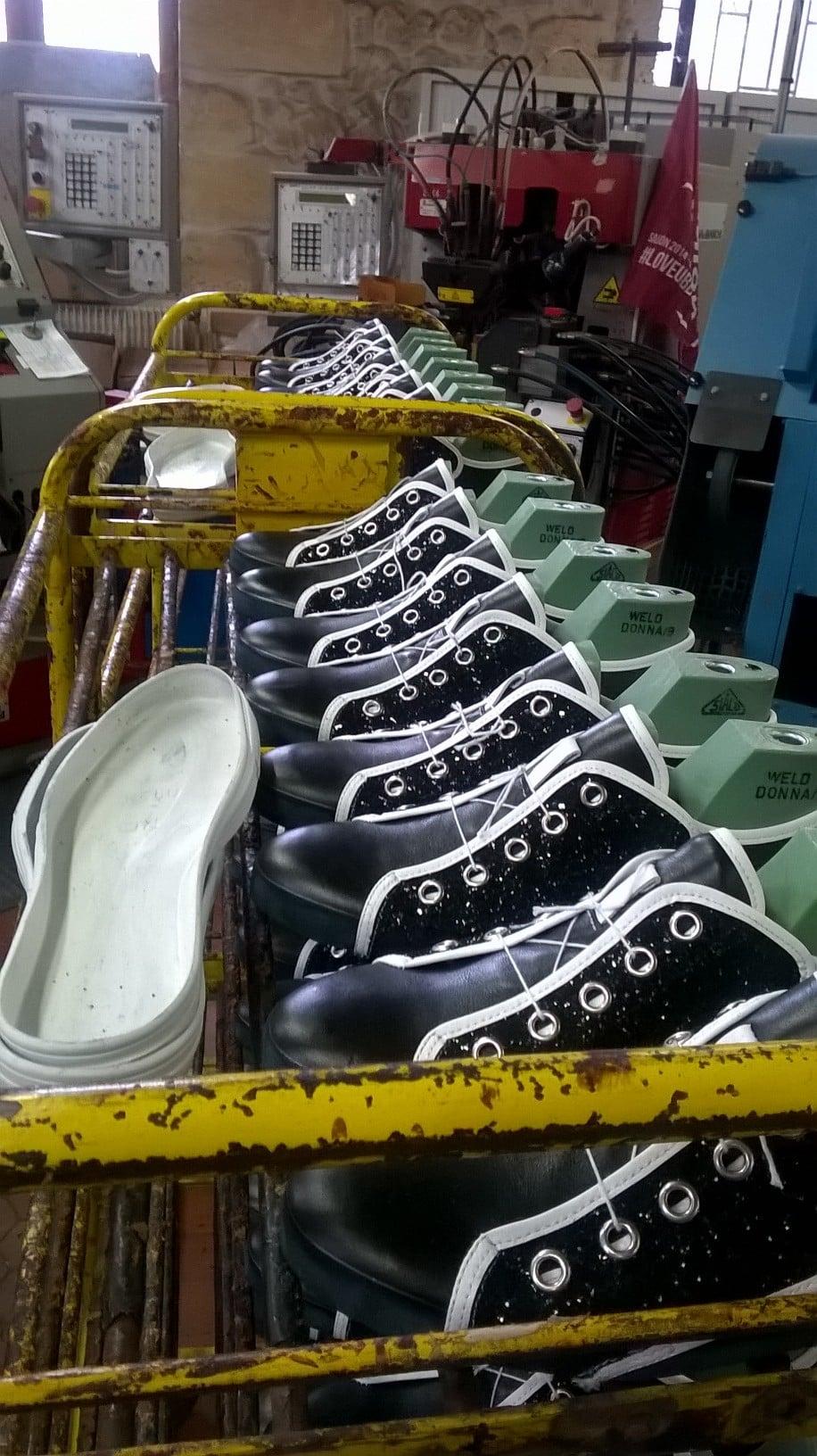 visitez l atelier du chalet aquitain et d 233 couvrez les secrets de fabrication des chaussures